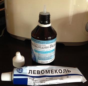 levomekol penis)