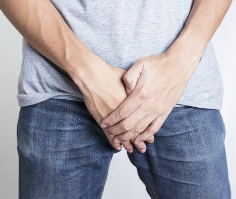 umflarea la baza penisului