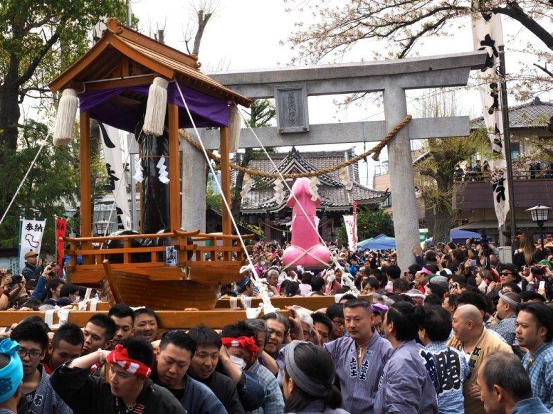 Festivalul penisului in Japonia (VIDEO)