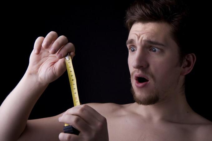 Ce am învățat despre mărimea penisului după ce m-am culcat cu o grămadă de bărbați