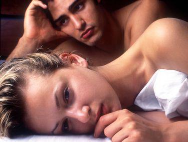 de ce nu există erecție lângă fată)