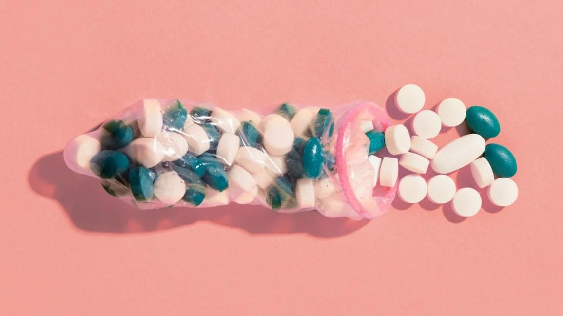 Am încercat pastile de erecție pe care le găsești în benzinării ca să văd dacă scap cu viață