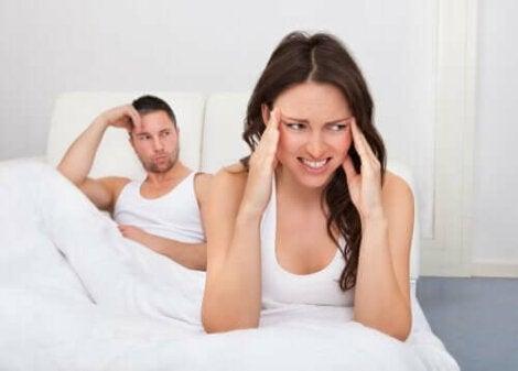 o erecție poate dispărea din excitare)