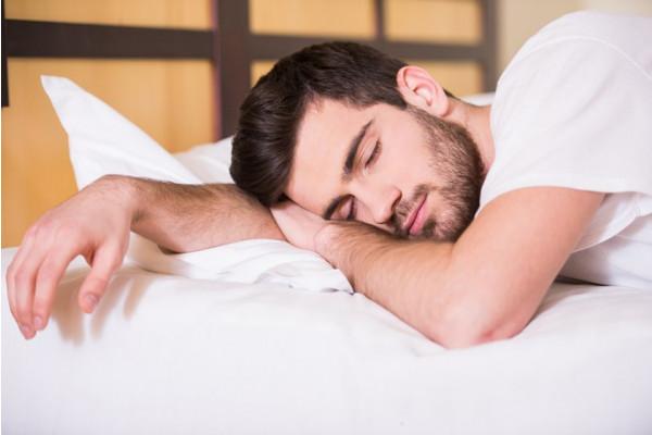 masaj pentru a crește erecția la bărbați)