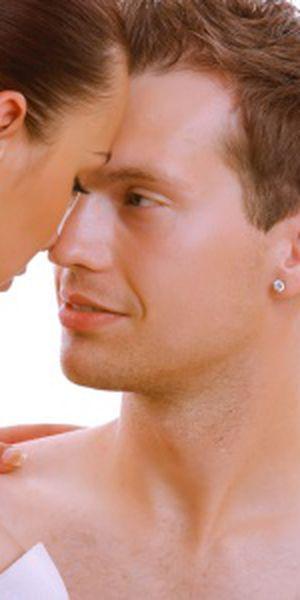 de ce se ridică testiculele la erecție